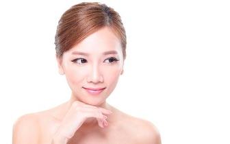Tratamento facial para um pele sempre jovem por 19€ na Charneca da Caparica!