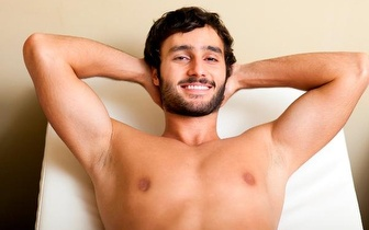 Fotodepilação SHR Homem: Costas completas + Ombros ou Peito + Abdómen + Linha Alba por 19,90€ em Évora!