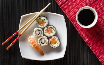 Jantar de Sushi para 2 Pessoas: Combinado 48 Peças por 19.95€, na Sobreda!