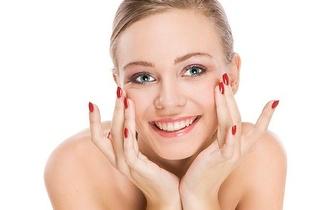 Manicure com verniz de gel e Massagem por 15€ em Albufeira!