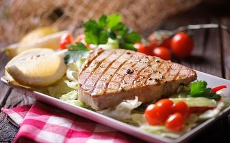 Almoce à Beira Mar: Menu Gourmet por 15€/pessoa em Sesimbra!