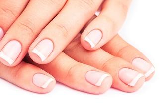Unhas Bonitas & Arranjadas: Manicure + Pedicure por 13€ na Amadora!