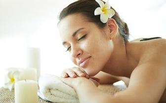 Pack Natal: Massagem + Limpeza Facial + Pedicure + Unhas Gel por 59€ em Rio de Mouro!