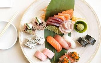 Sushi de Autor num Menu com 24 Peças + Cocktails para 2 pessoas por 28€ na Foz!