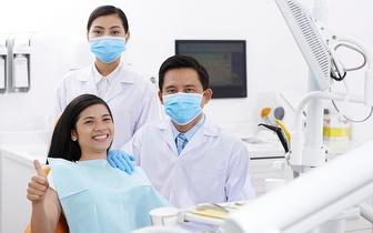 Limpeza Dentária: Destartarização + Polimento + Jato Bicarbonato por 15€ no Marquês de Pombal!