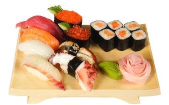 Menu de Sushi para 2 Pessoas por 25€ no Rato ao almoço!