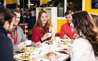 Jantar de Grupo 'Delux' com bebida à discrição por 18€/pessoa junto à Av. 24 de Julho!