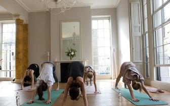 Yoga a pares desde 10€/pessoa em Cascais!