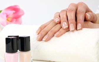 Mãos Bonitas com uma Manicure por 5€ em Algés!