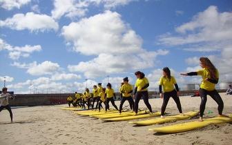 Aula de Iniciação ao Surf ou SUP por 11€/pessoa em Matosinhos!