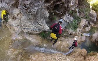 Atividade de Canyoning por 32€/pessoa no Rio Teixeira em Oliveira Frades!