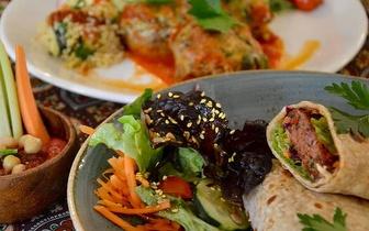 Viagem Gastronómica Vegetariana: Oferta da Bebida na compra de 1 Prato!