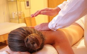 ¡1 Masaje Terapéutico: Descontracturante o Relajante por 29€ en La Dreta de L'Eixample!
