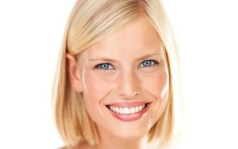Limpeza Dentária: Destartarização + Aplicação de Flúor + Polimento por 12€ na Boavista!