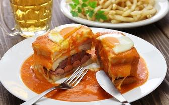 Francesinha com Ovo e Batatas + Bebida por 9,95€ no Campo Pequeno!