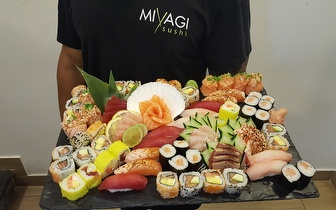 All You Can Eat de Sushi + Bebida + Sobremesa + Café ao Jantar por 22€ junto a São Sebastião!