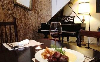 Jantar com 10% de desconto em fatura junto à Sé de Lisboa!