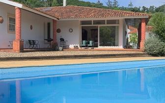 1 Noite de Alojamento até 8 Pessoas num T4 por 200€ em Rio Maior!