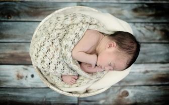 Sessão Fotográfica de Bebé Recém-Nascido por 39€ em Setúbal!