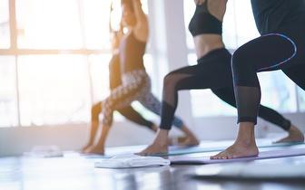 3 Meses de Aulas de Yoga Swásthya por 29€ em Algés!