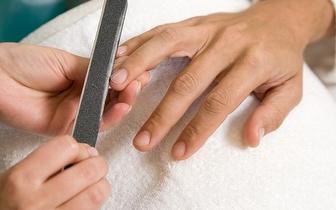 Manicure Completa por 5€ junto à Alameda!