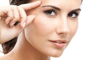 Tratamento facial: Diagnóstico + Limpeza + Microdermoabrasão por apenas 12€!
