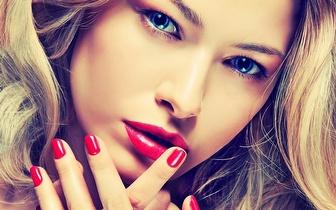 Manicure com Aplicação de Verniz Gel