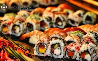 2 Flutes de Sangria de frutos vermelhos + 48 peças de sushi!