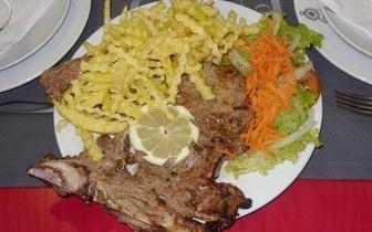 Menu com Prato de Carne: apenas 9€ por pessoa na Nazaré!