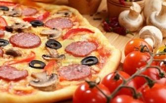 Oferta 2 por 1 em Pizzas com vista para o mar!