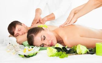 Massagem Romantic Duo: Massagem de Relaxamento Zen, a dois no mesmo gabinete, com aromaterapia e óleos essenciais.