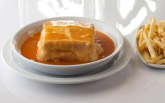 Venha provar a melhor francesinha do mundo®! Menu 2 Francesinhas + Batatas, na Baixa do Porto, apenas 8,50€!