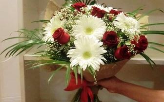 Bouquet de Rosas vermelhas, com entrega, por apenas 10€