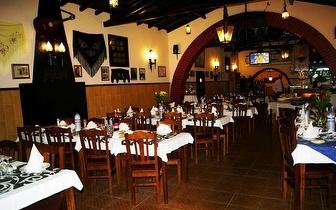 Refeição com sabor a Fado no Charrua do Lavrador por apenas 33€, para 2 pessoas! Inclui noite de fado!