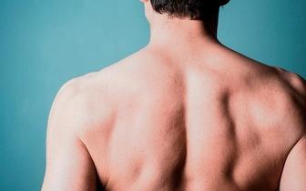 Fotodepilação SHR para Homem: Costas completas + Ombros ou Peito + Abdómen + Linha Alba por 18,90€, na Amadora!