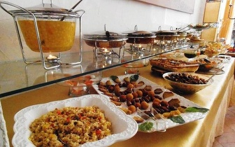 All You Can Eat de Buffet Vegetariano + Bebida do dia + Sobremesa ou Sopa, em Alvalade, por 7,90€!
