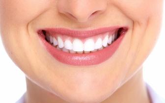 Implante Dentário de Titânio + Coroa de Cerâmica + Destartarização por 772€, no Areeiro!