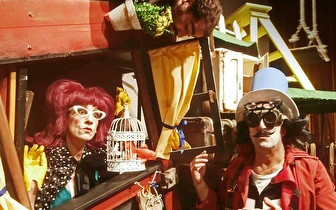 Peça de Teatro 'O Meu Pai é um Homem-Pássaro' no Teatro da Comuna por 5€!