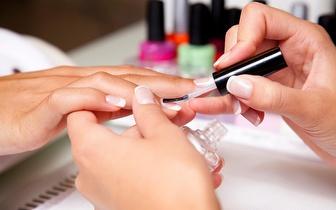Pacote Mãos e Cabelo: Manicure + Brushing por 8,90€, na Alameda!