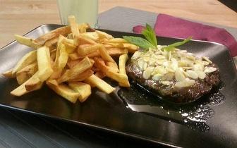 Menu Completo de Hambúrgueres Gourmet para 2 Pessoas por apenas 14€, na Costa da Caparica!