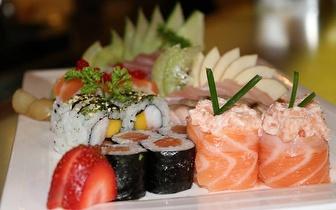 Jantar de Sushi de Fusão para 2 Pessoas: 40 Peças + Bebidas + Cafés por 19,90€, em São Domingos de Rana!