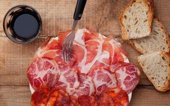 Menu para 2 Fora de Horas: Tostas XL + Pasta + Sangria Caseira por 16€ na Baixa!