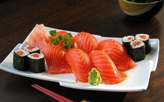 Take-away de Sushi ou Comida Chinesa ao Almoço: Cada Caixa por apenas 4,50€ em Sete Rios!