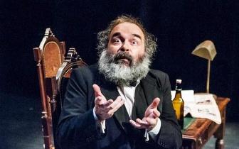 """De 19 a 27: Peça de Teatro """"Marx na Baixa"""" em Monte Abraão por apenas 5€!"""