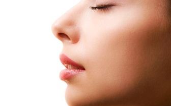 Rejuvenesça a sua Pele: Peeling Ultrassónico Facial por 12€!