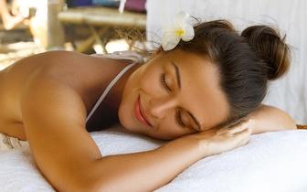 Relaxe com uma magnífica massagem de 1 hora e não pense em absolutamente mais nada!