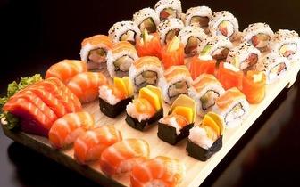 Menu de Almoço de Grupos All You Can Eat de Sushi com Bebida à Descrição por 12€/pessoa em Sete Rios!