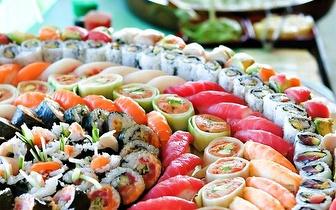 Menu de Jantar para Grupos All You Can Eat de Sushi + Bebida à Descrição por 14€/pessoa em Alcântara!