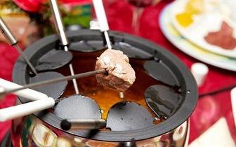 Jantar de Natal para Grupos: Menu de Fondue Misto por 14,45€/pessoa, na Póvoa de Varzim!