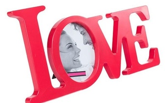 Ofereça a alguém especial o Porta-retratos Big Love por apenas 6,90€!